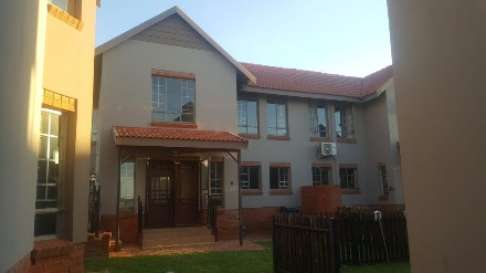 On Auction - 3 Bed Property On Auction in Brooklands Lifestyle Estate