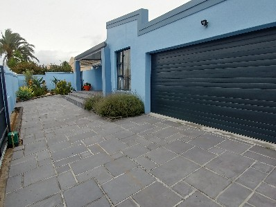 On Auction - 3 Bed House On Auction in Table View