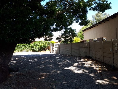 R 123,456,789 - 2 Bed House For Sale in Lyttelton Manor