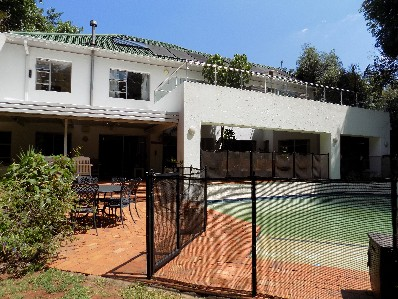 On Auction - 5 Bed House On Auction in Oaklands