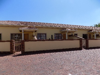 On Auction - 2 Bed Property On Auction in Boksburg Central