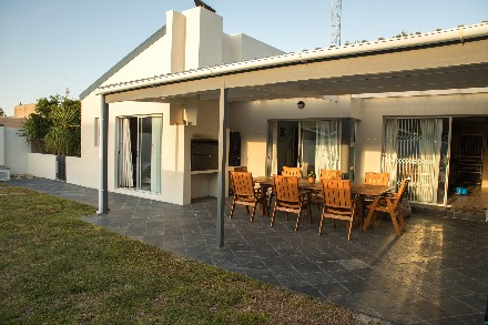 On Auction - 4 Bed Property On Auction in Blouberg Sands