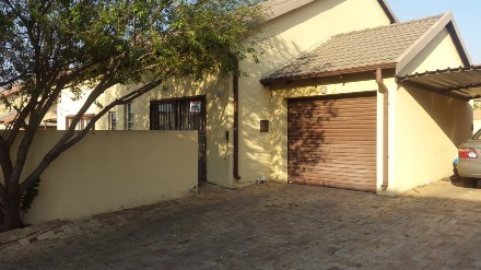 On Auction - 2 Bed Property On Auction in Equestria