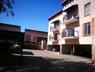 On Auction - 2 Bed Apartment On Auction in Linden