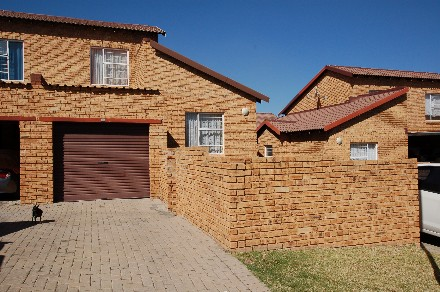 On Auction - 2 Bed Property On Auction in Honeypark
