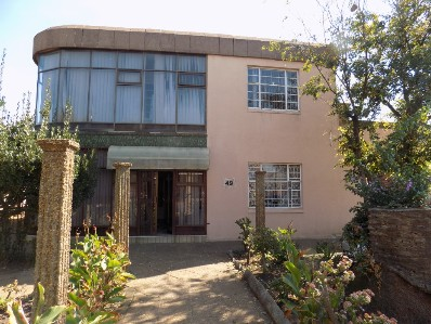 On Auction - 5 Bed Home On Auction in Randfontein