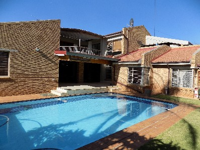 On Auction - 4 Bed Home On Auction in Meyersdal