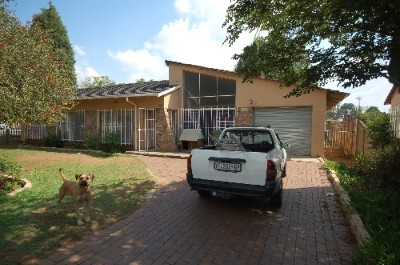 On Auction - 3 Bedroom, 2 Bathroom  House On Auction in Berton Park, Boksburg