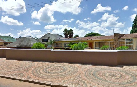 On Auction - 5 Bedroom, 2 Bathroom  House On Auction in Greenhills, Randfontein