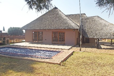 On Auction - 3 Bed Property On Auction in Krugersdorp