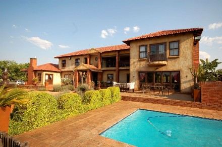 On Auction - 6 Bed Farm On Auction in Olympus