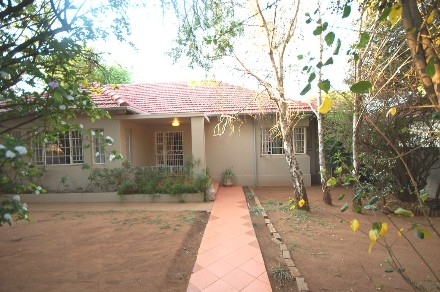 On Auction - 3 Bed House On Auction in Highlands North