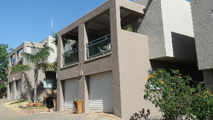 On Auction - 3 Bed Property On Auction in Bassonia