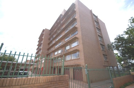 On Auction - 1 Bed Flat On Auction in Wonderboom South