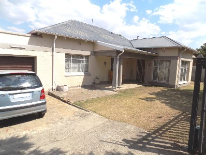 On Auction - 3 Bed Property On Auction in Glenvarloch