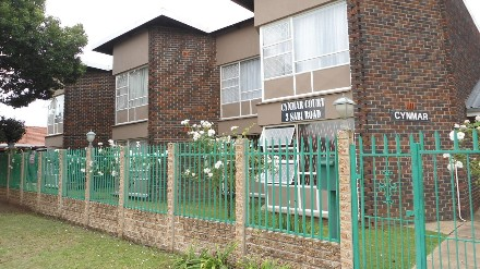 On Auction - 2 Bed Flat On Auction in Selcourt