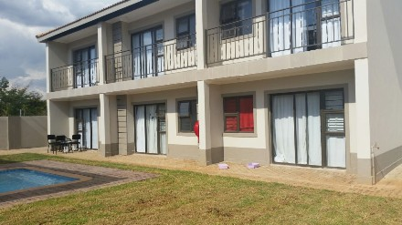On Auction - 10 Bed House On Auction in Van Der Hoff Park