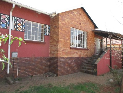 On Auction - 3 Bed Property On Auction in Hamberg