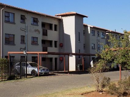 On Auction - 2 Bed Flat On Auction in Boksburg