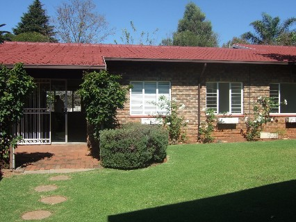 On Auction - 3 Bed Home On Auction in Northcliff