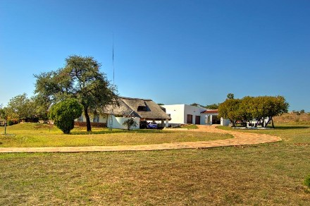 On Auction - 3 Bed Smallholding On Auction in Hartbeespoort