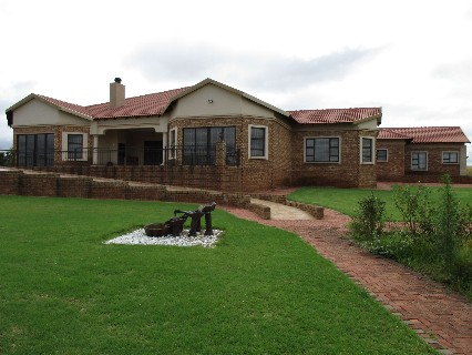 On Auction - 3 Bed Property On Auction in Witbank