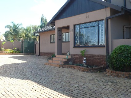 On Auction - 4 Bed Home On Auction in Edenglen