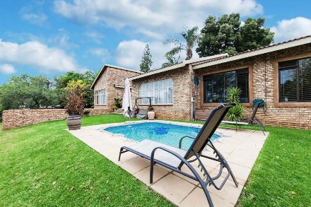 On Auction - 3 Bed House On Auction in Sundowner