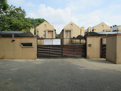 On Auction - 2 Bed Flat On Auction in Pretoria North