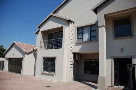 On Auction - 8 Bed House On Auction in Zambezi Country Estate