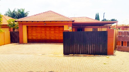 On Auction - 3 Bed Property On Auction in Pretoria North