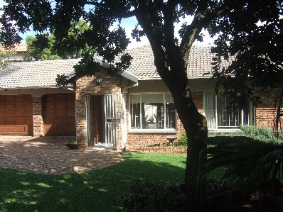 On Auction -  House On Auction in Rooihuiskraal