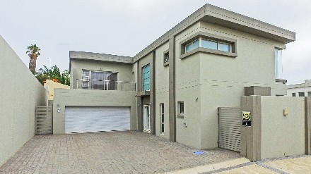 On Auction -  Property On Auction in Sandown