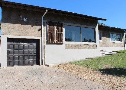 On Auction - 3 Bed Property On Auction in Yellowwood Park