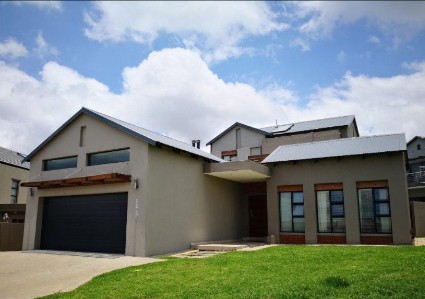 On Auction -  House On Auction in Copperleaf Estate