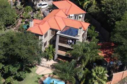 On Auction - 9 Bed Property On Auction in Waterkloof Park
