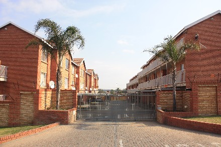 On Auction - 1 Bed Flat On Auction in The Reeds