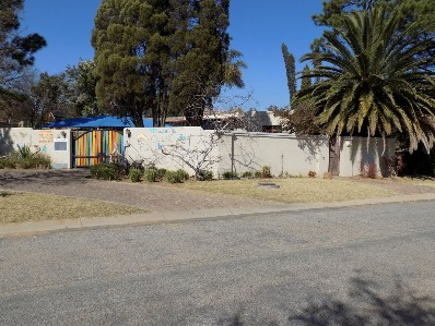 On Auction - 3 Bed House On Auction in Ormonde