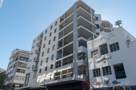 On Auction -  Flat On Auction in Cape Town - City Bowl