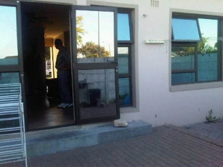 R560 000 2 Bed Ottery Flat For Sale Property Info