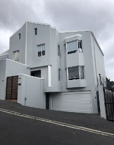 On Auction -  Apartment On Auction in Vredehoek