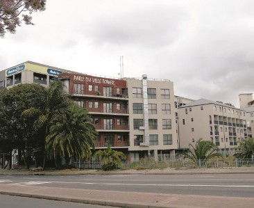 On Auction -  Flat On Auction in Bellville Central