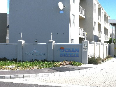 On Auction -  Flat On Auction in Costa Da Gama