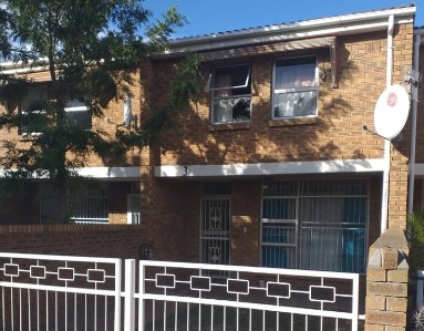 On Auction -  Apartment On Auction in Bellville