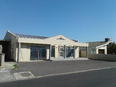 R 1,600,000 -  Commercial Property For Sale in Kuils River