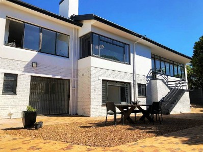 R 3,025,000 -  Home For Sale in Fish Hoek