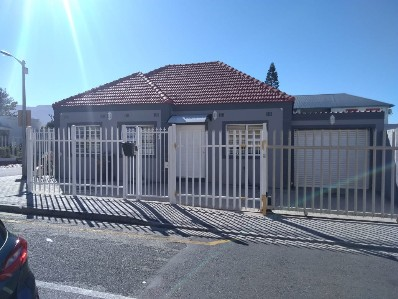 R 2,600,000 -  Home For Sale in Dieprivier