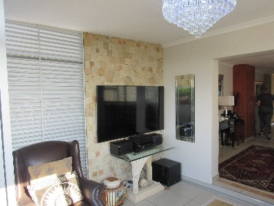 On Auction -  Flat On Auction in Table View