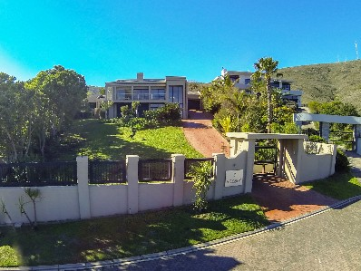On Auction -  Home On Auction in Plattekloof