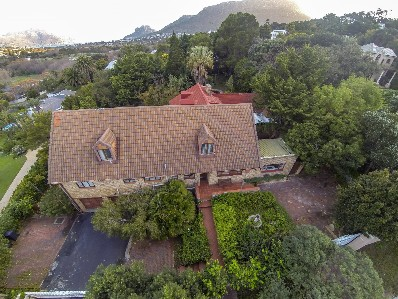 On Auction -  Home On Auction in Hout Bay